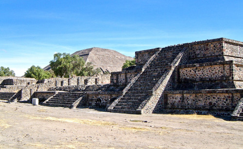 A Talud-Tablero Temple from Teotihuacan