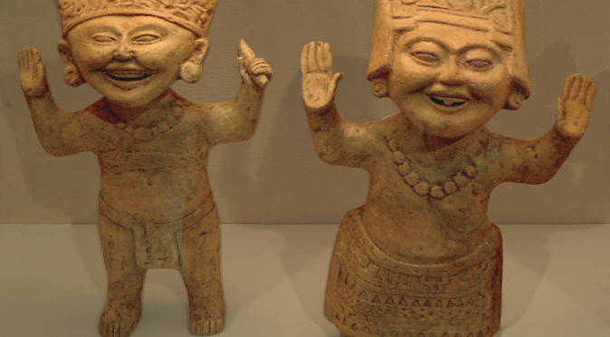 "Two statues in the ""Smiling Little Faces"" style from the Remojadas Culture"